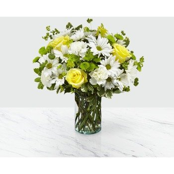 The FTD Happy Day Bouquet