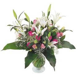 Big Lilies and Roses bouquet (Vase not Included)