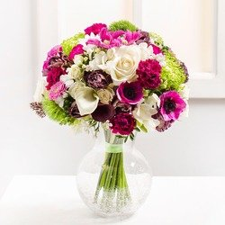 Princess Bouquet (Vase Not Included)