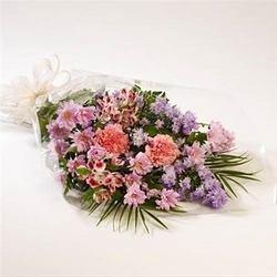 Bouquet of Seasonal Cut Flowers (Vase Not Included)