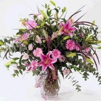 Elegant Bouquet (Vase Not Included)