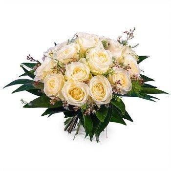 15 Short-stemmed White Roses