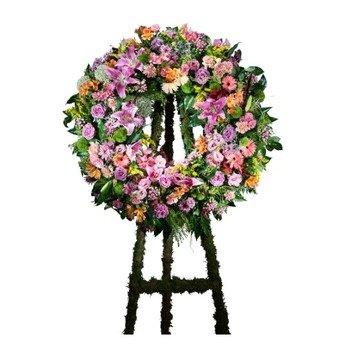 Multicoloured Classic Wreath