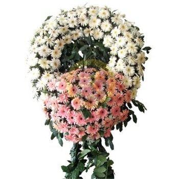 Wreath- White and Pink