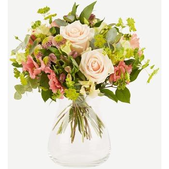 Romantic bouquet (Vase not Included)