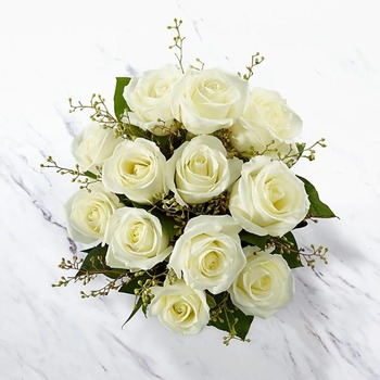 12 White Roses Bunch (Vase not included)
