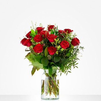 Bouquet of Lovely red roses (Vase not included)