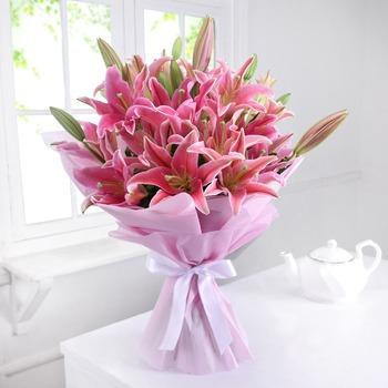 Bunch of 10 Pink Oriental Lilies in Tissue
