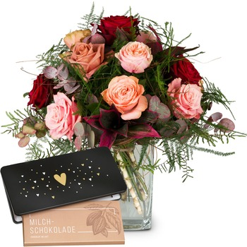 "Romantic Roses with bar of chocolate ""Heart"""