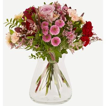 Stunning regards (Vase not included)
