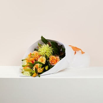 Hand Tied Mixed Bouquet (Vase not included)