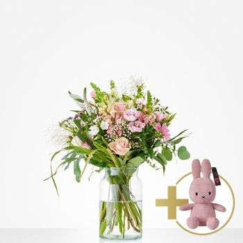 Combi Bouquet: Welcome little girl; including pink Niffy