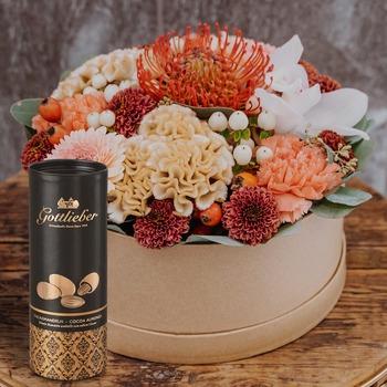 "Flowerbox ""Kariem Hussein"" (SPECIAL EDITION) with Gottlieber cocoa almonds"