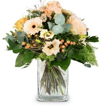 Delicate Seasonal Bouquet (Vase not included)