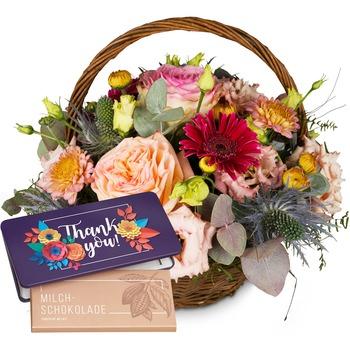 "Romantic Seasonal Basket with bar of chocolate ""Thank you"""