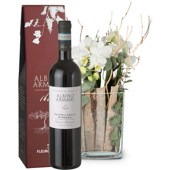 Lifestyle (orchid in a vase) with Ripasso Albino Armani DOC (75cl)